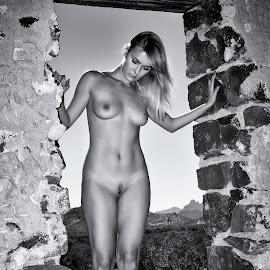 Nadia in the window by Kens Yeaglin - Nudes & Boudoir Artistic Nude ( sasco old mine, nude, black and white, outdoors, nadiaruslanova )