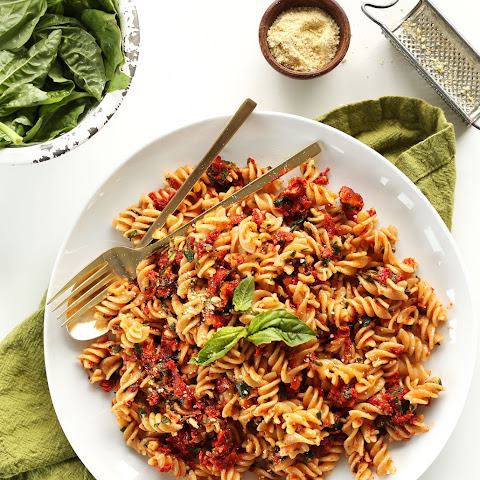 Sun-Dried Tomato Pesto Pasta (V + GF)
