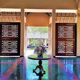 Interior with carved wooden gate in hotel The palms by Svetlana Saenkova - Instagram & Mobile Android ( carved wood, sri lanka, hall, gate, brown, table )