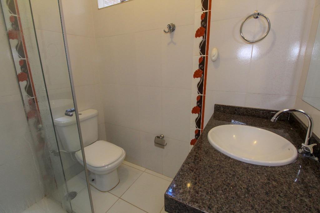 Casa para Venda 242 m²  com 4 quartos