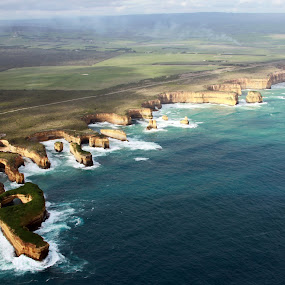 12 APOSTLES by Praveen Chand - Travel Locations Landmarks