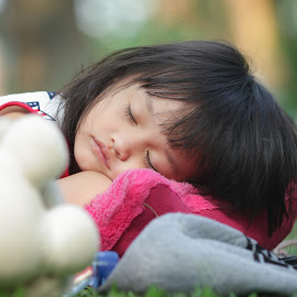 Sleep tight...  by Rahmat  Fiqih - Babies & Children Child Portraits ( potrait, baby girl, children, sleeping, kids )