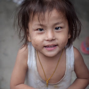 Kid from Sikkim by Shikhar Sharma - Babies & Children Child Portraits ( sweet, joy, cute, sikkim, kid )
