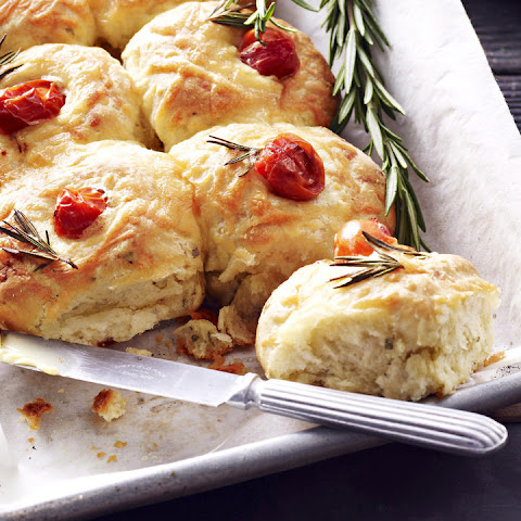 Tomato and Cheese Rolls