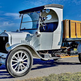 by David Hopper - Transportation Automobiles