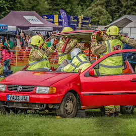 Taking the Lid off by Anthony P Morris - Transportation Automobiles ( car, anthony morris, firebrigade, rescue, demomstration )