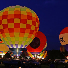 Balloon glow by Jak Conrad - Novices Only Sports ( flying, hotair, night, glow, balloon )