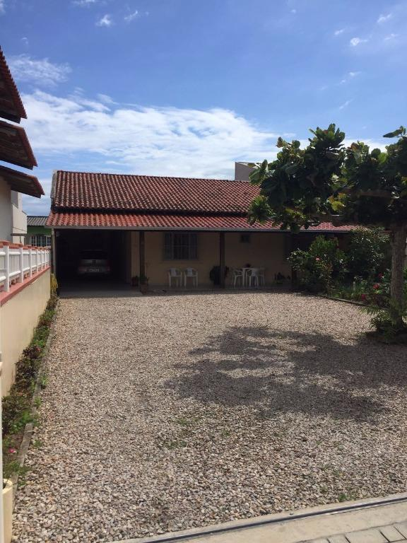 Casa 3 dormitórios,garagem para 3 carros a Venda em Porto Belo.