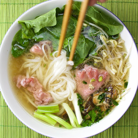 Pho Bo with spinach and shiitake