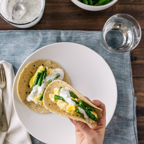 Ricotta Scrambled Egg and Asparagus Tacos