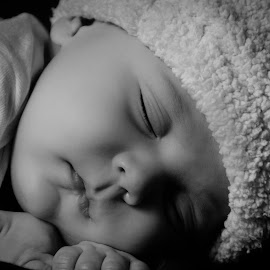 Asleep by Ellen Kawadler - Babies & Children Babies ( asleep, sweet, black and white, baby boy, portrait )