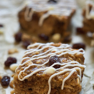 Cinnamon Roll Granola Bars