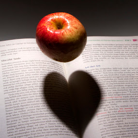 Apple in Love by Ari Wid - Artistic Objects Other Objects