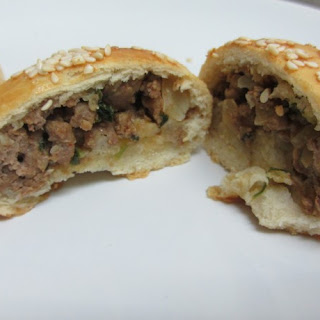 """Joz'joze"" – rolls stuffed with meat"