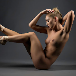 © Rampix Photography by Riaan Www.rampix.co.uk - Nudes & Boudoir Artistic Nude ( shoes, nude, rampix photography, fine art, @rampix_mk, ballet, dance, #rampix )