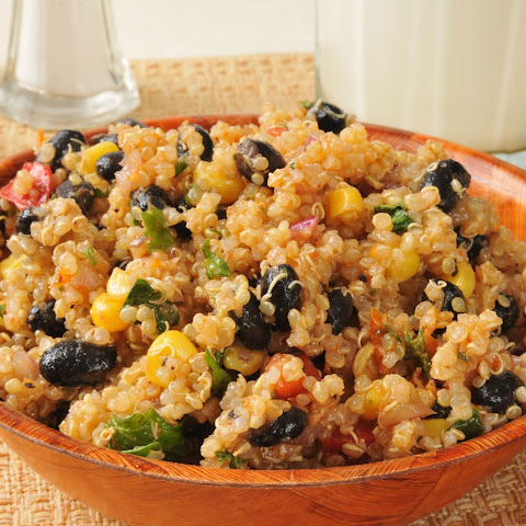 Southwestern Quinoa Salad With Black Beans, Red Bell ...