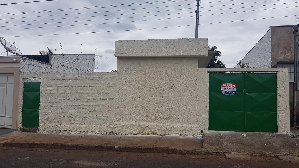 Casa para alugar, 51 m² por R$ 550,00/mês - Recreio dos Bandeirantes - Uberaba/MG