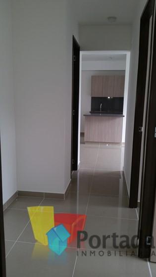 apartamento en arriendo niquia 679-6838