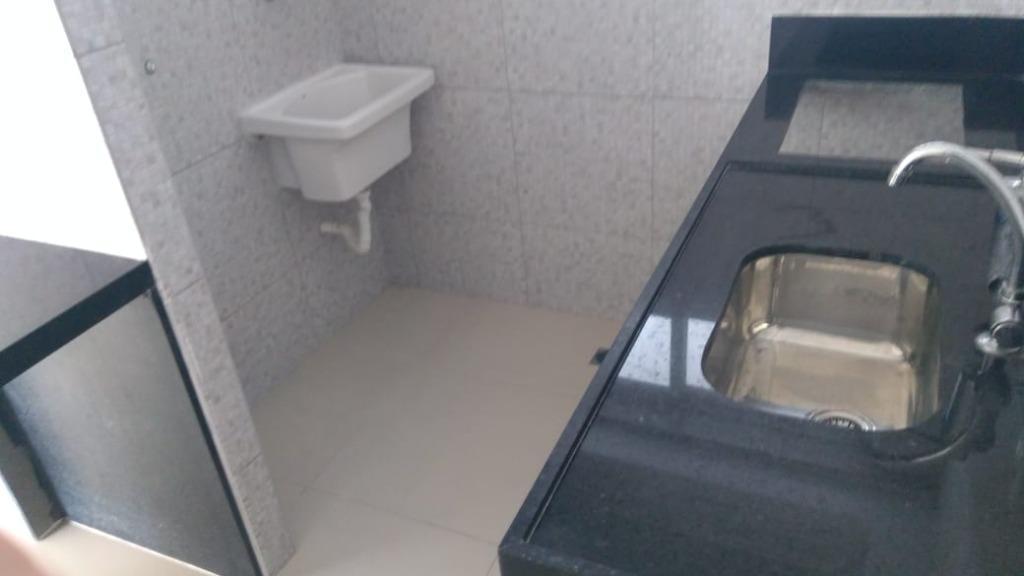 Apartamento com 2 dormitórios para alugar, 64 m² por R$ 1.450/mês - Loteamento Bela Vista - Cabedelo/PB