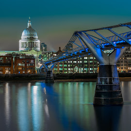 St. Paul's, London by Martine Kempers - City,  Street & Park  Skylines ( london, st paul )