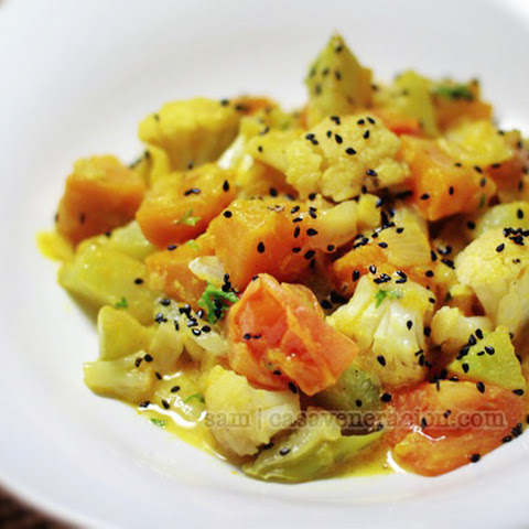 Mixed Vegetables With Honey-yogurt-mustard Sauce