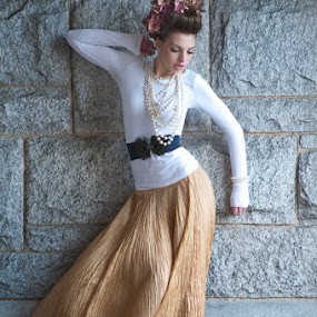 Flow by Elizabeth Craig - People Fashion ( bridal fashion photography, fashion photography )