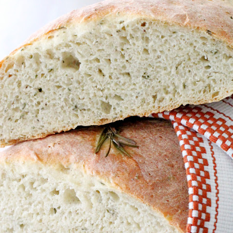 Rosemary Bread with OMAGGIO Extra Virgin Olive Oil