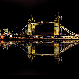 Tower Bridge by Aamir DreamPix - Buildings & Architecture Bridges & Suspended Structures ( uk, building, london, tower bridge, buildings, architectural, architectural detail, architecture, bridge, bridges, river thames, river )