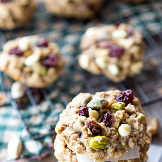 White Chocolate Pistachio Oatmeal Cookies