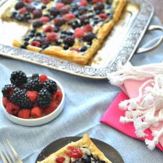 Berry Brie Pizza