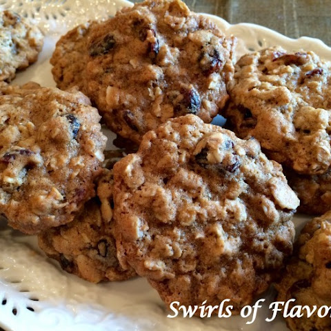 Cranberry Almond Oatmeal Cookies
