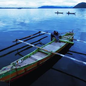 Perahu Itu by Suwito Pomalingo - Landscapes Waterscapes ( #papua #indonesia )