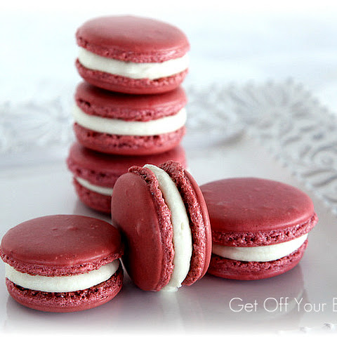 RED BERRY FRENCH MACARONS