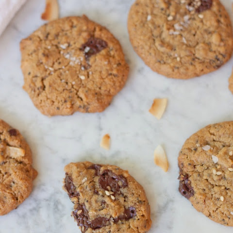 Super Seed Chocolate Chip Cookies