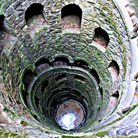 Poço by Gil Reis - Buildings & Architecture Public & Historical ( histoty, art, sintra, stone, travel, places, portugal )