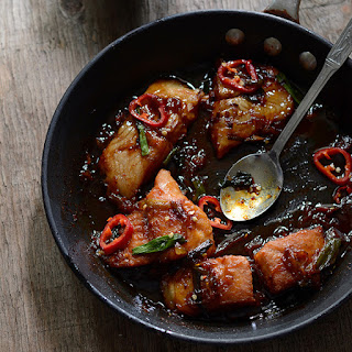 Cá Kho Tộ Recipe - Vietnamese Caramelized & Braised Fish