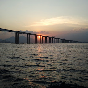 Bridge by Leonardo Cardoso - Instagram & Mobile Android ( brazil, sea, bridge, guanabara, sun )