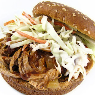 Skinny and Tender Pulled Pork Sandwiches