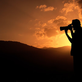 Photographer by Dinesh Royal - Professional People Business People