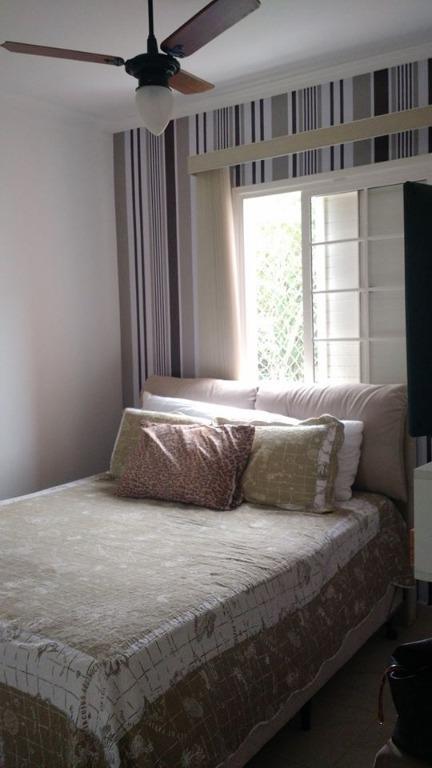 Lindo apartamento em condomínio fechado com uma boa infra pa