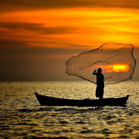 Sunset In Net by Pimpin Nagawan - People Portraits of Men ( human )