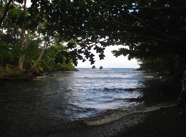 Onomea Bay Inlet