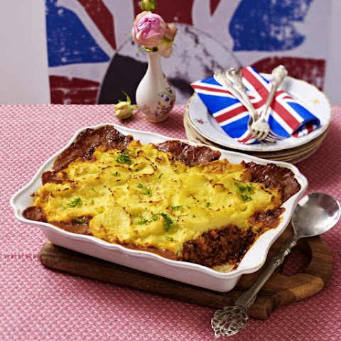 australian shepherd 39 s pie recipe yummly. Black Bedroom Furniture Sets. Home Design Ideas