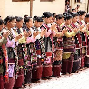 Women Batak Ethnic by Taufiqurrahman Setiawan - People Street & Candids