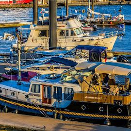 By the sea by Hariharan Venkatakrishnan - Transportation Boats ( water, setting sun, yacht, sea, colours )