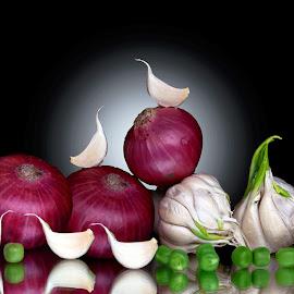 Garlic n onion  by Asif Bora - Food & Drink Ingredients