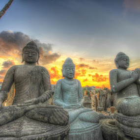 Budha by De Base - Buildings & Architecture Statues & Monuments ( #abstract #landscape #sunset )