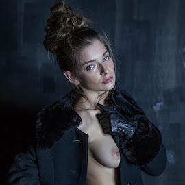 Anna by Adriano Ferdinandi - Nudes & Boudoir Artistic Nude
