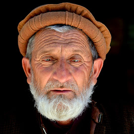 Old Man by Aamer Rabbani - People Portraits of Men