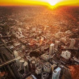 Sunset city by Sujit Shanshanwal - City,  Street & Park  Skylines ( tower, skyline, canada, cn, sunset, toronto, cntower, city )